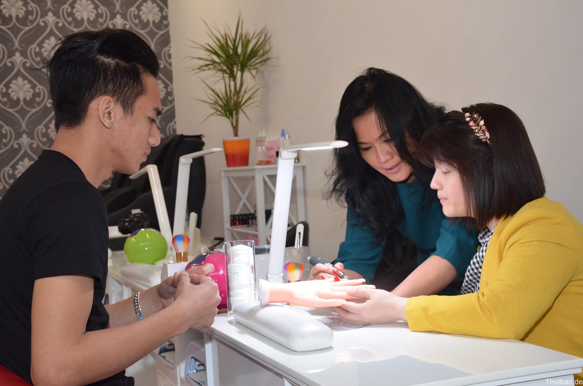 Ngành Nails của người Việt ở Đức - Tin Tức Việt Nam Toàn Cầu